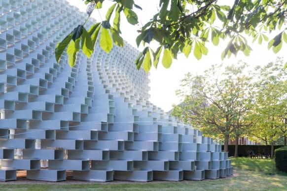 Serpentine Pavilion 2016 designed by Bjarke Ingels Group (BIG). Photo © Iwan Baan