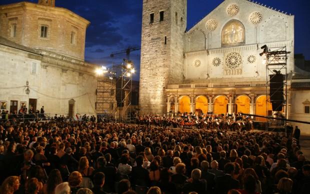 festival dei due mondi spoleto concerto piazza