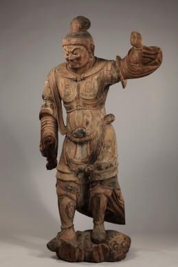 Sovrano celeste, Periodo Heian, X secolo. Legno dipinto, altezza 178,4 cm. Bunkachō (Agency for Cultural Affairs),  Importante proprietà culturale