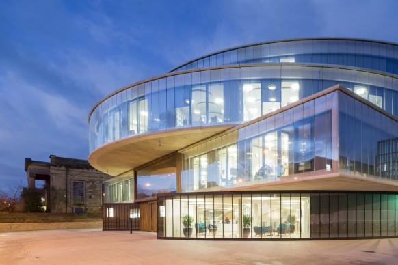 Blavatnik School of Government by Herzog & de Meuron, credits Iwan Baan