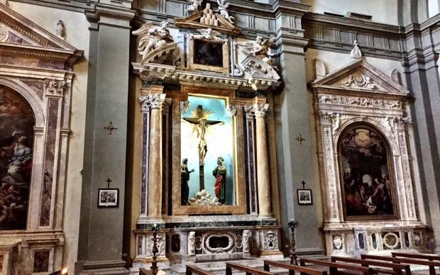 Cappella-del-Crocefisso-chiesa-di-San-Martino-Siena-attribuita-a-Francesco-Borromini