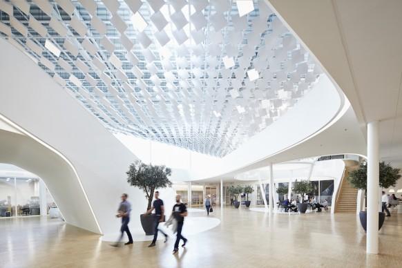 Lava, Philip Lighting Headquarters, Eindhoven (Paesi Bassi), photo by Jonathan Andrew