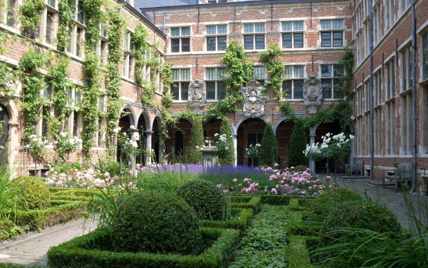 Museum-Plantin-Moretus,-Fiandre