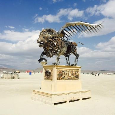 Burning Man 2016, fonte Instagram, photo by sasha_gerner