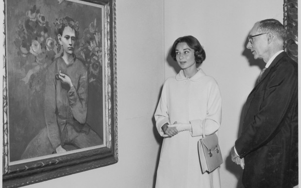 Audrey Hepburn and Alfred H. Barr, Jr. at the exhibition Picasso: 75th Anniversary, on view May 4, 1957 through August 25, 1957 (first floor and auditorium); May 22, 1957 through September 8, 1957 (third floor) at The Museum of Modern Art, New York. The Museum of Modern Art Archives, New York. Photographer: Barry Kramer