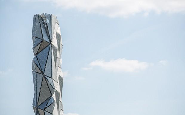 the optik cloak londra torre architettura effetto ottico