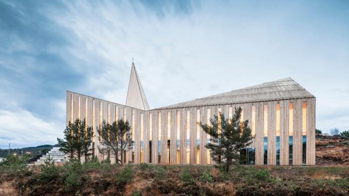 Knarvik Community Church. Photo credit: Hundven-Clements_Photography