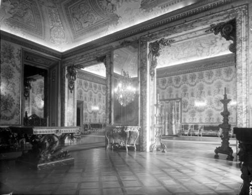 Georgina Masson  Ballroom, Palazzo Doria Pamphilj, Rome, 1950 – 65  Print from negative film, 60 x 60 mm   Photographic Archive, American Academy in Rome