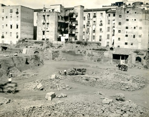 Esther B. Van Deman,  Viminal Hill, general view of excavations, Rome, 1913. Albumen print, 100 x 125 mm. Photographic Archive, American Academy in Rome