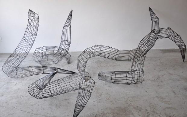 Andrea Marini, Anellidi, 2014, ferro, h max cm 100, Courtesy by Die Mauer, Prato
