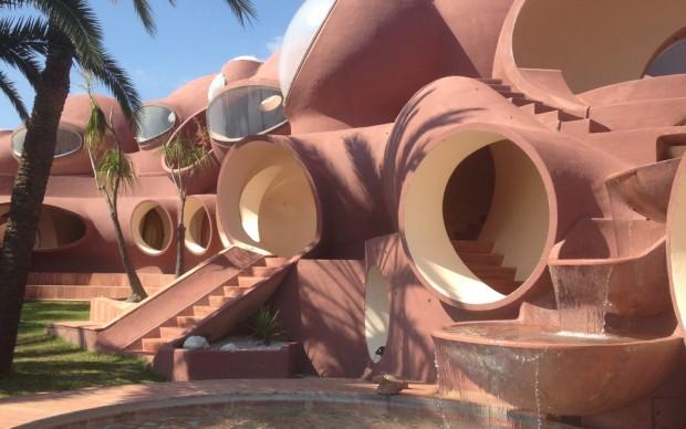 palais bulles pierre cardin bubble palace cannes