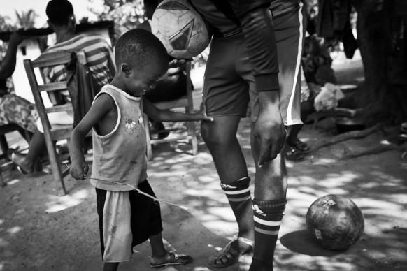 © Tara Todras, Whitehill Ebola Survivors Football Club, World Press Photo 2016