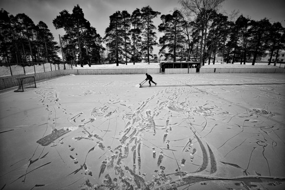© Vladimir Pesnya - Vetluga's Hockey, World Press Photo 2016