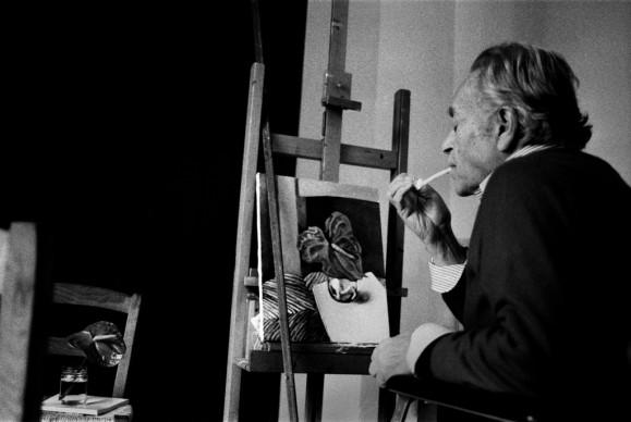 Letizia Battaglia, Renato Guttuso  nel suo studio, Palermo, 1985. Courtesy l'artista