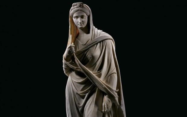 Arte romana Vibia Sabina II secolo d.C. marmo; alt. cm 204 Tivoli, Villa Adriana, Antiquarium del Canopo