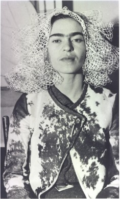 Frida with Doily on Her Head, New York City, 1935 © Lucienne Bloch