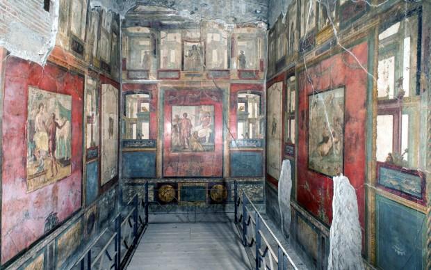 Gli-affreschi-del-triclinio-della-Casa-dei-Vettii-a-Pompei