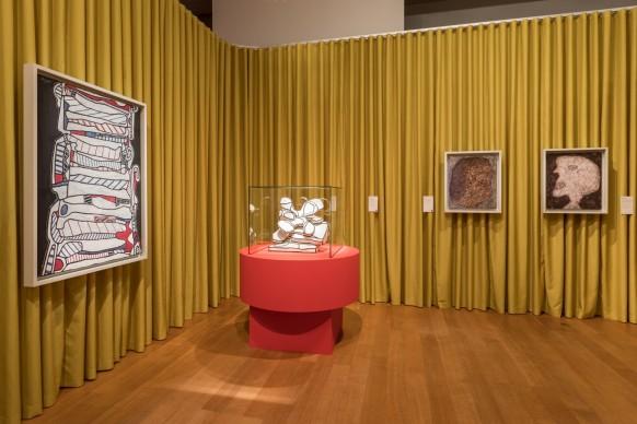 Exhibition view della mostra 'Guggenheim. Full Abstraction' presso ING Art Center , 2016, Bruxelles © Vincent Everarts