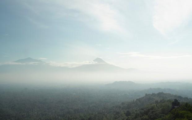 Bas Princen. Volcano Walk, Gunung Merapi (plateau), 2015. C-print, 125 x 156 cm