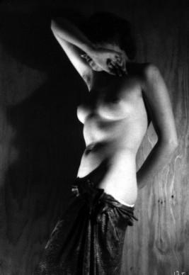 Il corpo e la luce, Elio Luxardo - 1937, Archivio Fotografico Fondazione 3M