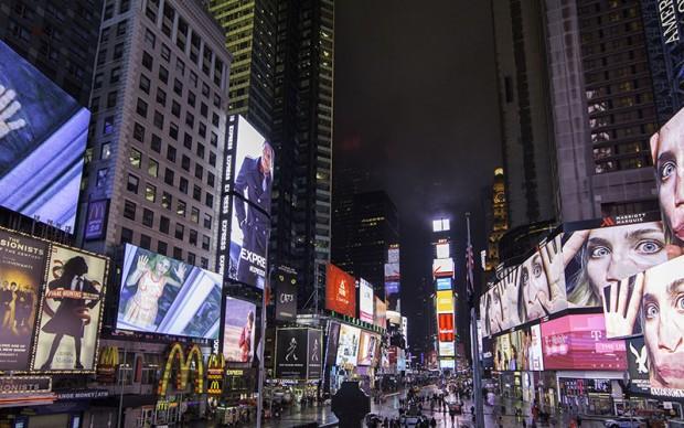 pipilotti rist times square new york