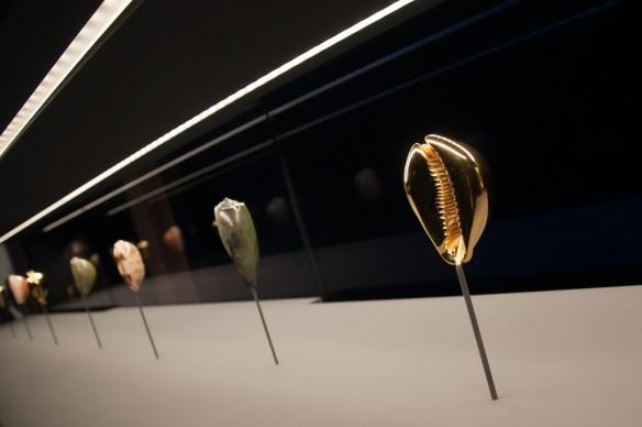 Damien Hirst, Treasures from the Wreck of the Unbelievable, exhibition view della mostra a Palazzo Grassi, Venezia. Photo by Irene Fanizza
