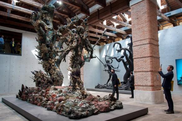 Damien Hirst, Treasures from the Wreck of the Unbelievable, exhibition view della mostra a Punta della Dogana, Venezia. Photo by Irene Fanizza