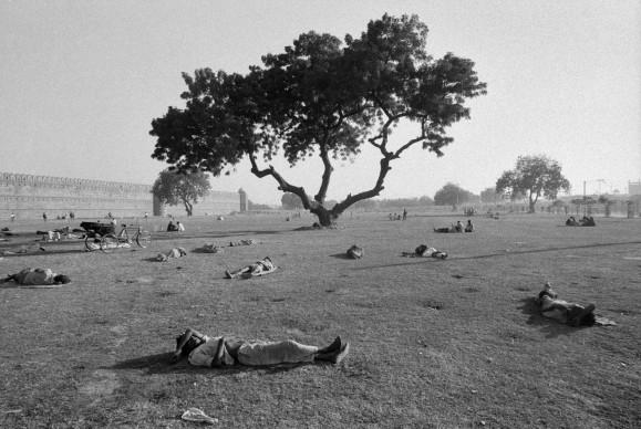 Nuova Delhi, 1972 (c) Ferdinando Scianna/Magnum Photos