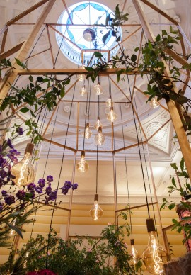 An Expedition to the English Garden - Rebel Rebel, Mayfair Flower Show 2017, Londra