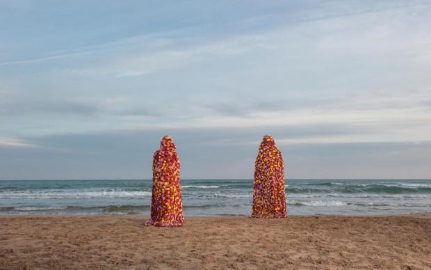 Vinci - Galesi, La terra dei fiori, 2017, stampa su carta Hahnemühle, courtesy of the artists and aA29, Milano - Caserta, ph. Luca Migliore