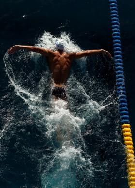 BUTTERFLY TRAINING, Allenamento di Michael Phelps, Giugno 2011, Santa Clara, California © Credits: Ezra Shaw / Getty Images