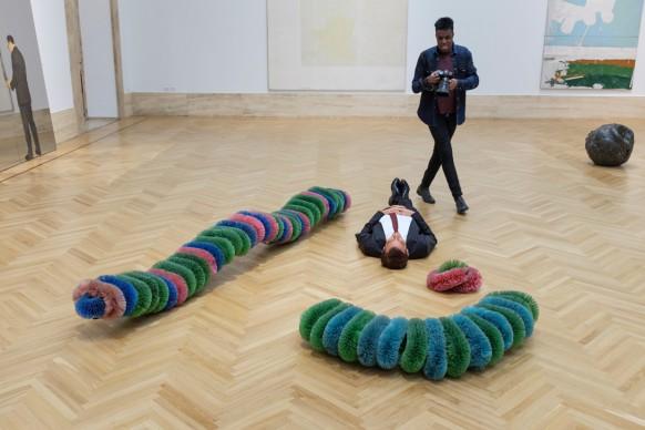 Master of Photography: Ritratto di una star. Clive Owen posa per i concorrenti alla Galleria Nazionale d'Arte Moderna e Contemporanea di Roma