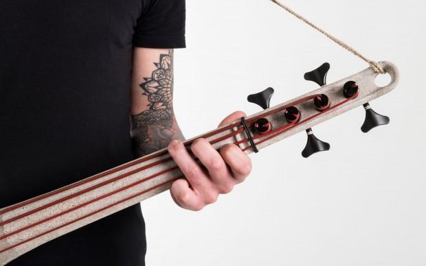 UpLight Bass – Strumento musicale elettrico a corde di Stefano Ivan Scarascia
