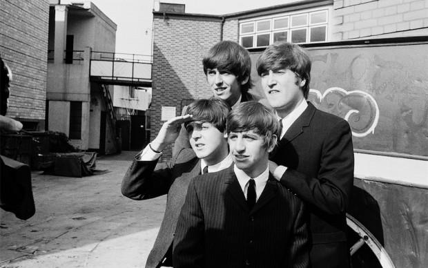 Astrid Kirchherr. I Beatles sul set di Hard Day's Night, 1964 © GINZBURG FINE ARTS/PHOTO ASTRID KIRCHHERR