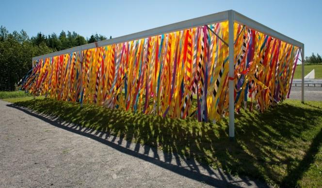 Vertical Line Garden by Julia Jamrozik & Coryn Kempster. Photo credit: Martin Bond