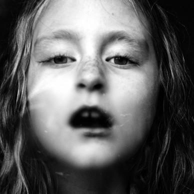 Noelle, 2008 Amsterdam, NL.  Portrait of Noelle © Carla Kogelman