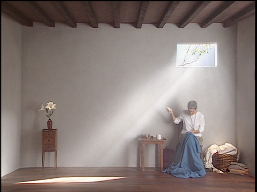 Catherine's Room, 2001, interpreti: Weba Garretson, Courtesy of Bill Viola Studio © Bill Viola. Photo: Kira Perov