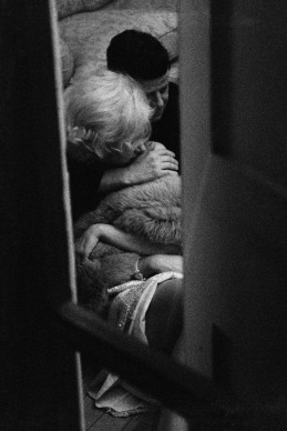 Alison Jackson, Marilyn and JFK Through Shutters © Alison Jackson