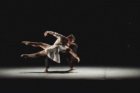 Angelin Preljocaj - Ballet Preljocaj, La Fresque, photo by Jean-Claude Carbonne