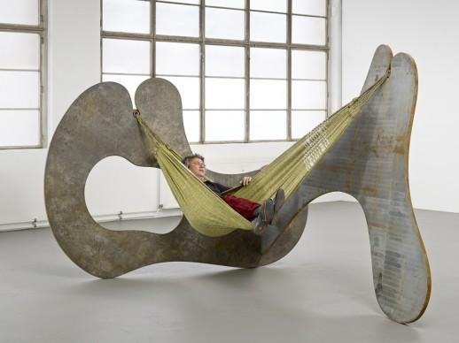 Ernesto NETO, In the corner of life, 2013, Courtesy: l'artista e Galerie Max Hetzler, Berlin | Paris. Photo credits: def-image.com