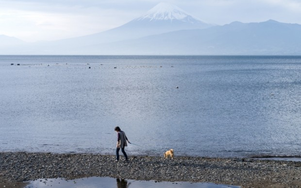 Raoul Ries, fotografia tratta dal libro Thirty-six Views of Mount Fuji (2017), pubblicato da Hatje Cantz
