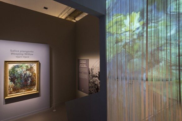 """Veduta della mostra """"Monet"""" in programma al Complesso del Vittoriano – Ala Brasini, Roma, dal 19 ottobre 2017 all'11 febbraio 2018. Photo by Iskra Coronelli per Arthemisia"""