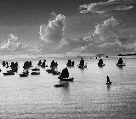 Werner Bischof, Harbour of Kowloon, Hong Kong, 1952 © Werner Bischof - Magnum Photos