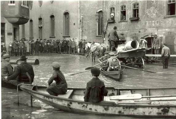 Oskar Barnack, Flood in Wetzlar, 1920 © Leica Camera AG
