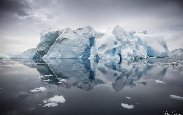 Daisy Gilardini, Riflessi ghiacciati, dalla serie Meraviglie Polari
