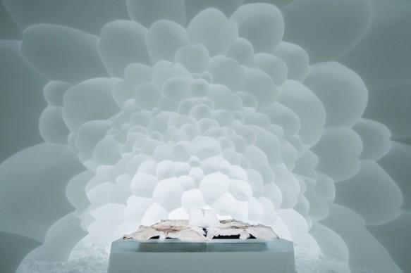 ICEHOTEL 28, 2017-2018 Art Suite Cumulus. Design Annakatrin Kraus & Hans Aescht . Photo Asaf Kliger. © ICEHOTEL. www.icehotel.com