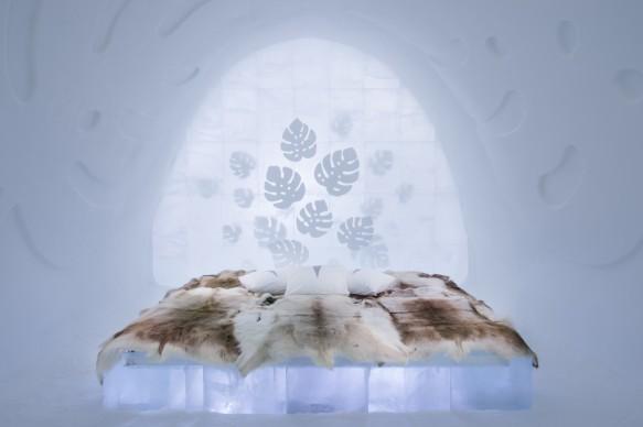 ICEHOTEL 28, 2017-2018 Art Suite Monstera. Design Nina Kauppi & Johan Kauppi. Photo Asaf Kliger. © ICEHOTEL. www.icehotel.com