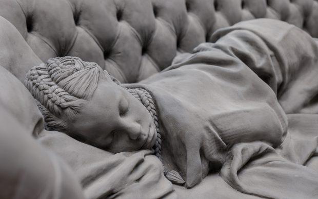 Hans Op de Beeck, Sleeping Girl, 2017, photo credit Elena Foresto