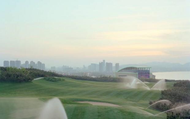 Jiehao Su, Campo da golf al tramonto