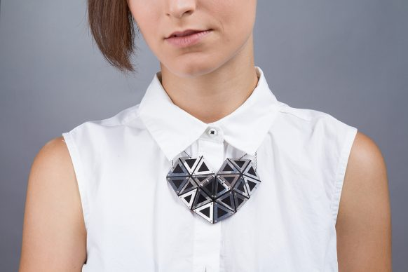 Artistar Jewels 2018: May Avital, The heart pendant